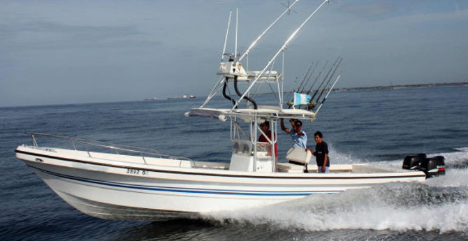 Que Vela! is a great Guatemala fishing vessel! Your friends back home that are shoveling snow from their driveways will eagerly await your fishing photos and fish stories!